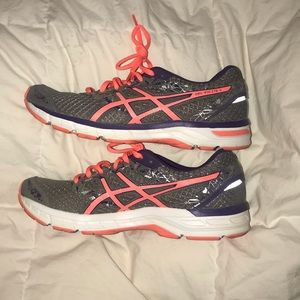 ASICS Gel Excite4 Women's running shoe-gently used